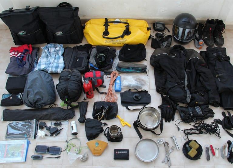 רשימת ציוד לטיול בחו ל - featured image לאתר